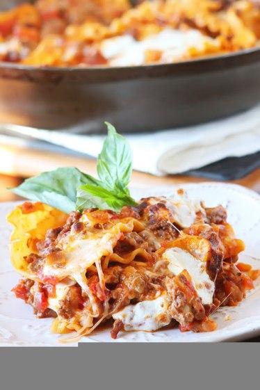 easiest-15-minute-one-pot-skillet-stovetop-lasagna-16.jpg